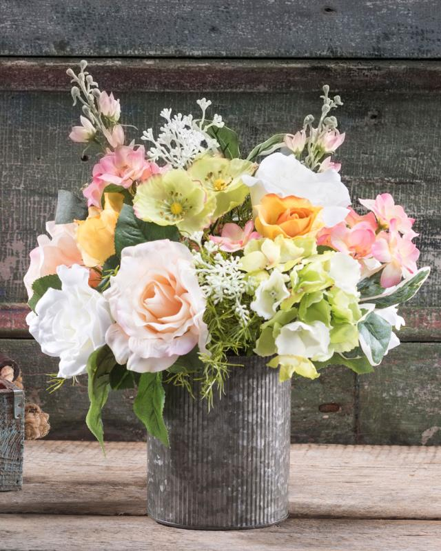Rent Centerpieces And Silk Flowers